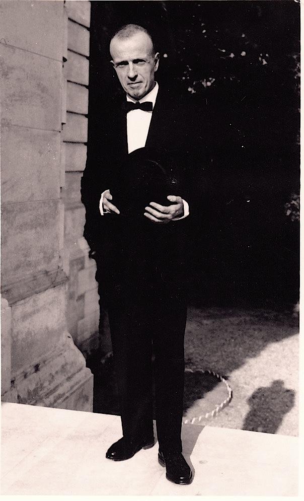 Michel Leiris en 1950 © Charles Mallison