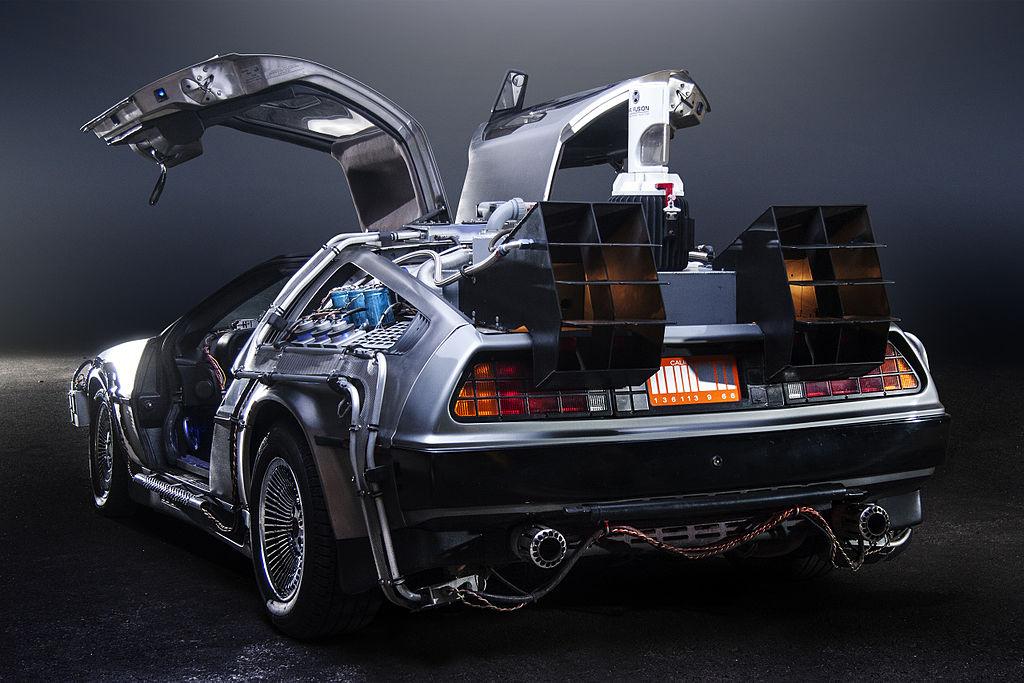 La DeLorean, la machine à voyager dans le temps de Retour vers le futur, ©Oto Godfrey et Justin Morton