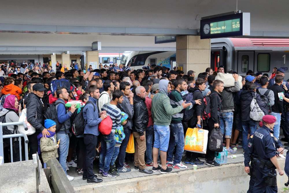 Alt Migrants syriens à la gare de Vienne en 2015 © Bwag/Wikimedia