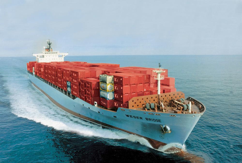 Alt Cargo transportant des conteneurs