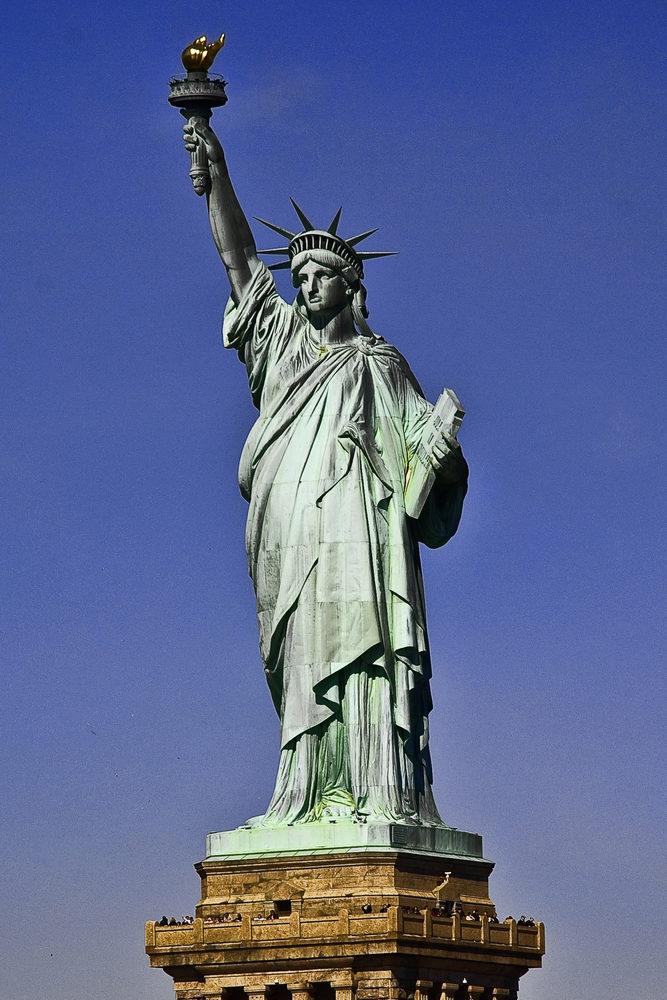 Alt La statue de la Liberté ou La Liberté éclairant le monde © Francisco Diez