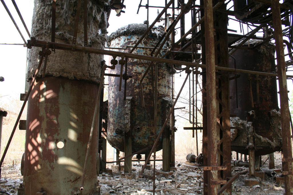 Le site de l'usine de Bhopal, en 2008 ©Luca Frediani