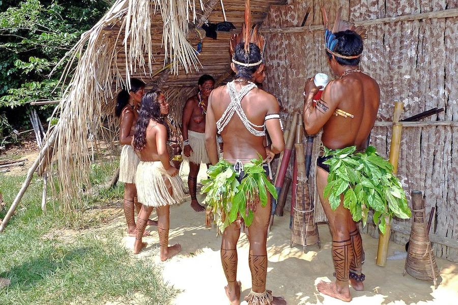 Des habitants de la forêt amazonienne