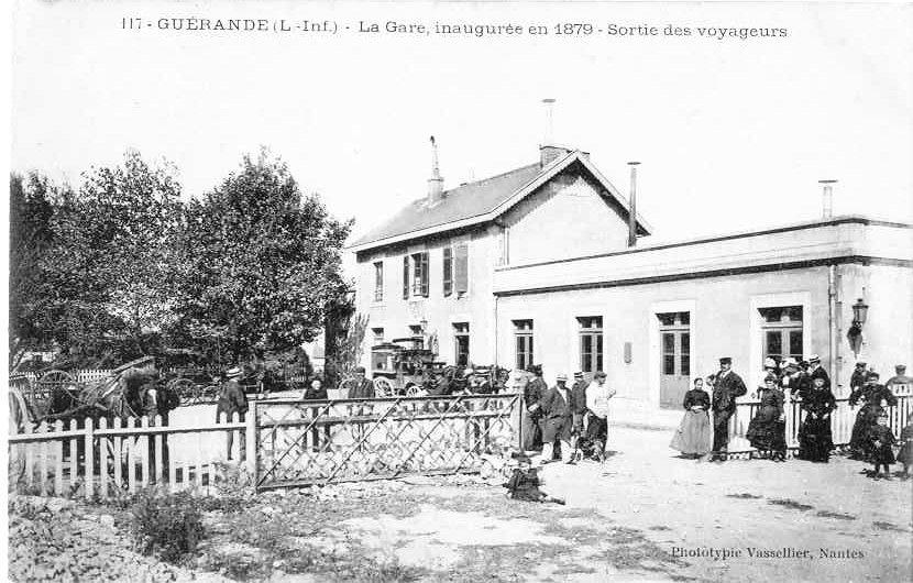 La gare de Guérande, l'une des premières gares qui permettaient aux touristes de se rendre dans les stations balnéaires de la côte atlantique et ce dès la fin du XIX<sup>e</sup>siècle.