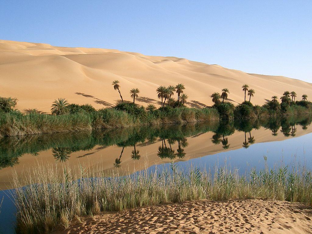 L'oasis Ubari dans le Sahara
