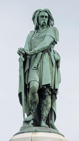 Statue de Vercingétorix-6e-histoire