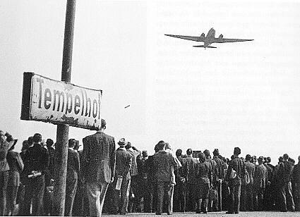 Le pont aérien américain lors du blocus de Berlin (juin 1948-mai 1949)