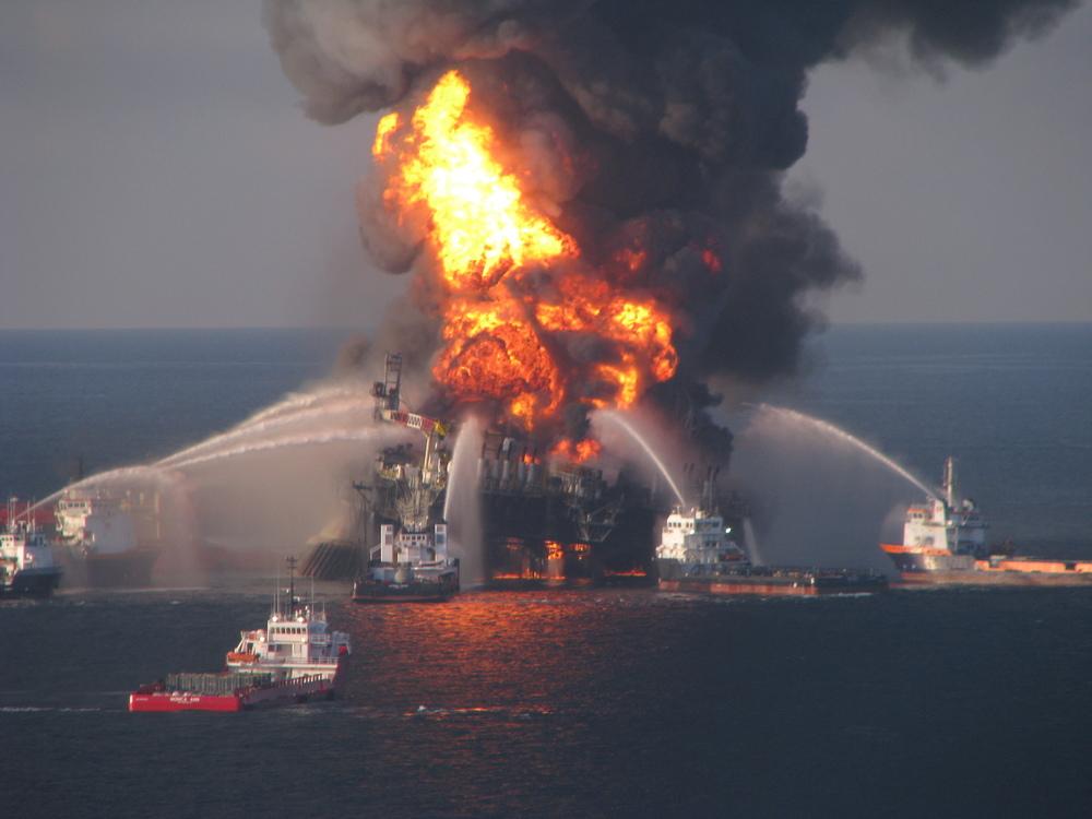 Explosion de la plateforme pétrolière DeepwaterHorizon