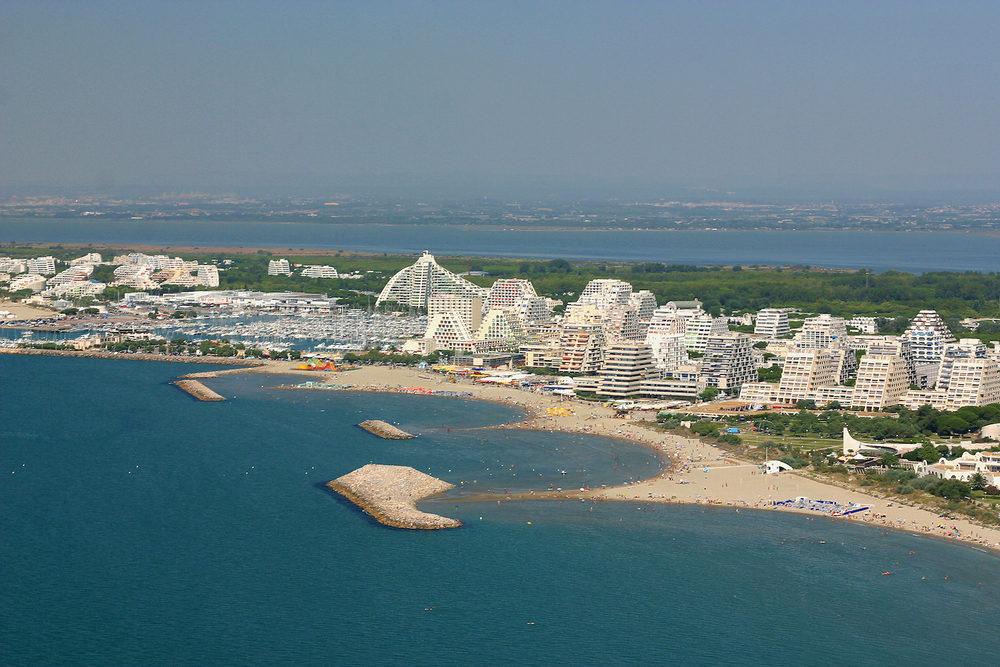 Un exemple de bétonisation du littoral: la Grande-Motte