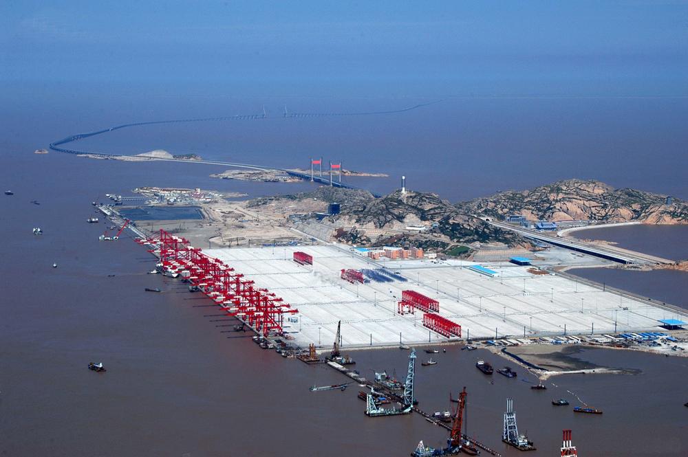 Photo du port de Yanshan en construction